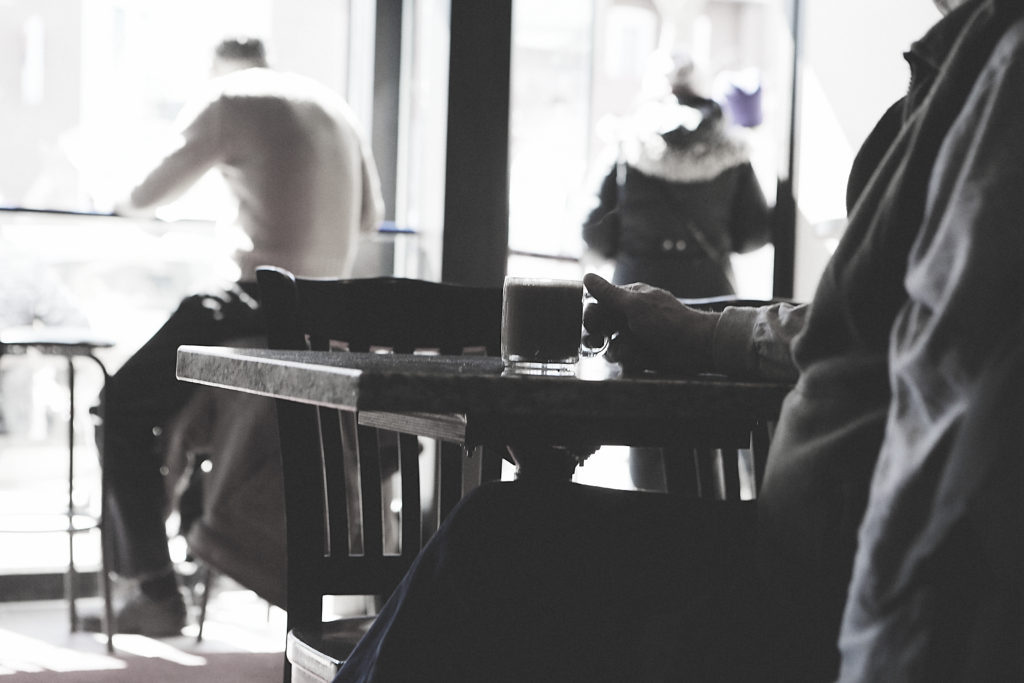 3 Reasons Why People Love Coffee Shop Lifestyles